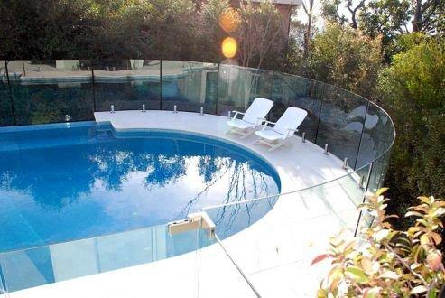 Vidrios curvados vetrolux - Cristales para piscinas ...